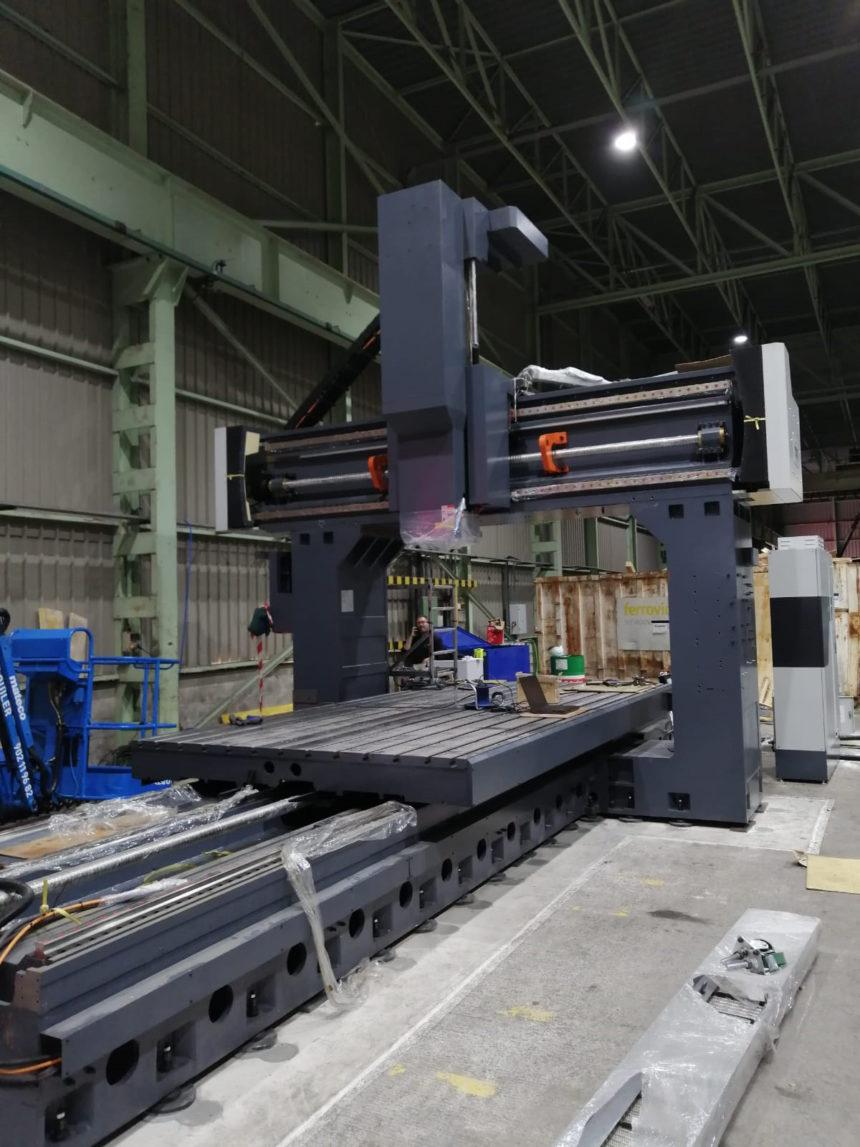 Maquinaria Márquez instala una fresadora Puente destinada al mantenimiento de troqueles