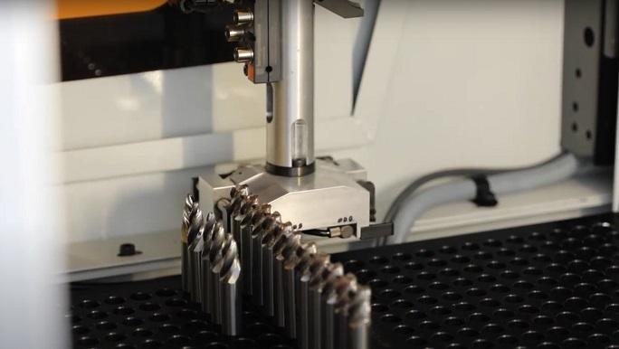 ANCA presenta AutoMarkX el sistema de marcado automático por láser de herramientas