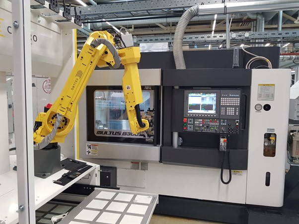 Cargar máquinas CNC con robots es realmente sencillo